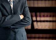 Advogado Ambicioso Reencarna com Hidrocefalia