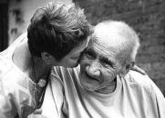 Carta de um portador de Alzheimer ao seu cuidador
