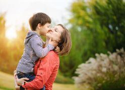 Respira, serás mãe por toda a vida. Ele será criança só uma vez.