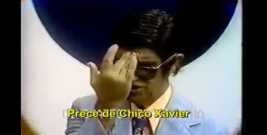Prece de Chico Xavier na TV Tupi em 1976