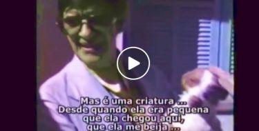 Chico Xavier e a história da cirurgia de sua cachorrinha (Vídeo raro de Chico Xavier e sua cachorra Boneca)